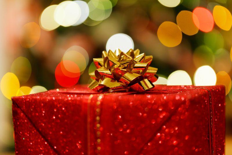 Cosa regalare di originale a Natale_800x533