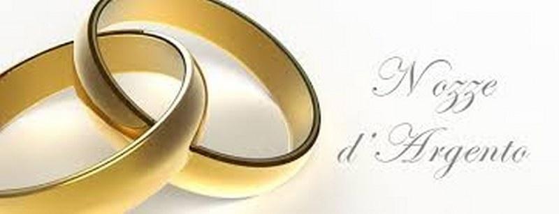 Xxv Anniversario Di Matrimonio.25 Anni Di Matrimonio Le Migliori Idee Regalo Per Le Nozze D